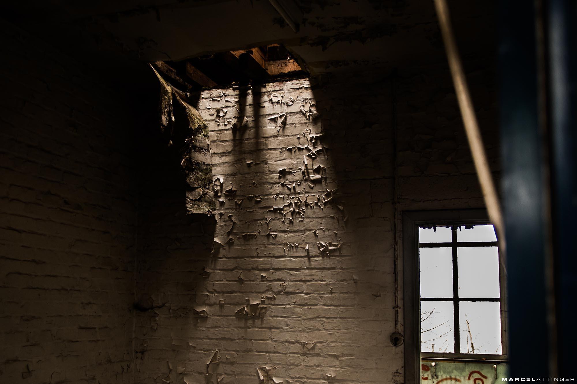 Lichtval door plafond